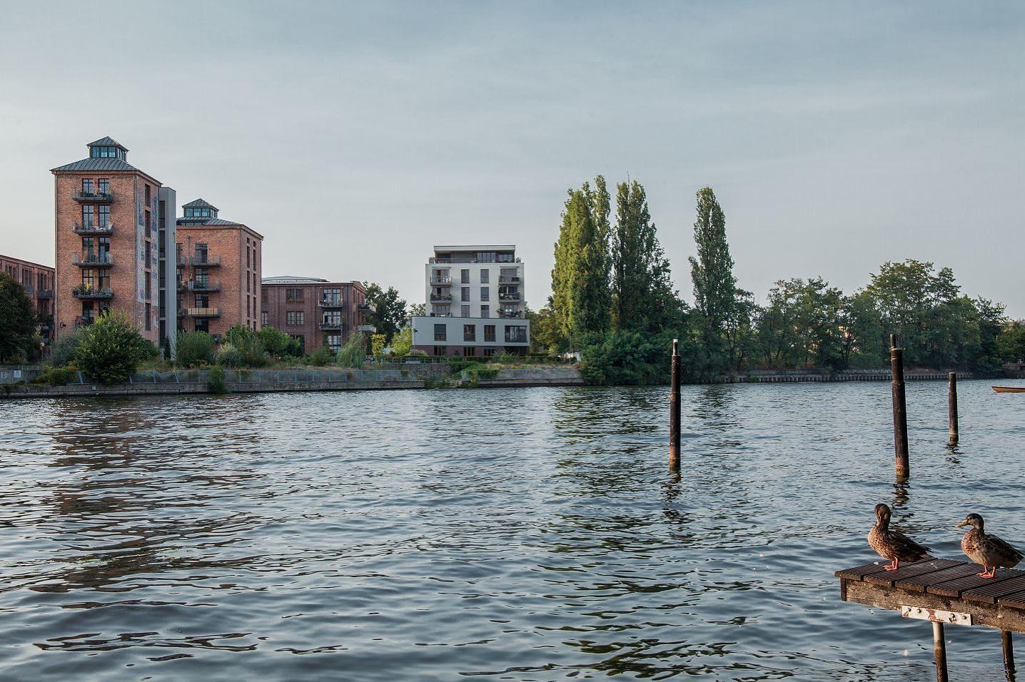 Glanzfilmfactory. . . #architecturephotography #architecture #archidaily #architektur #archilovers #architecturedaily #architecture_hunter #berlinarchitecture #köpenick